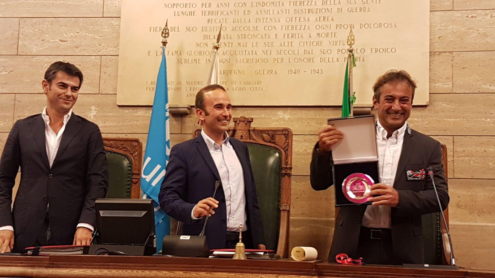Andrea Mura premiato dal Consiglio Comunale di Cagliari